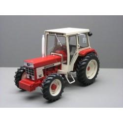 Miniature Tracteur CASE IH 844 SB 4 roues motrices